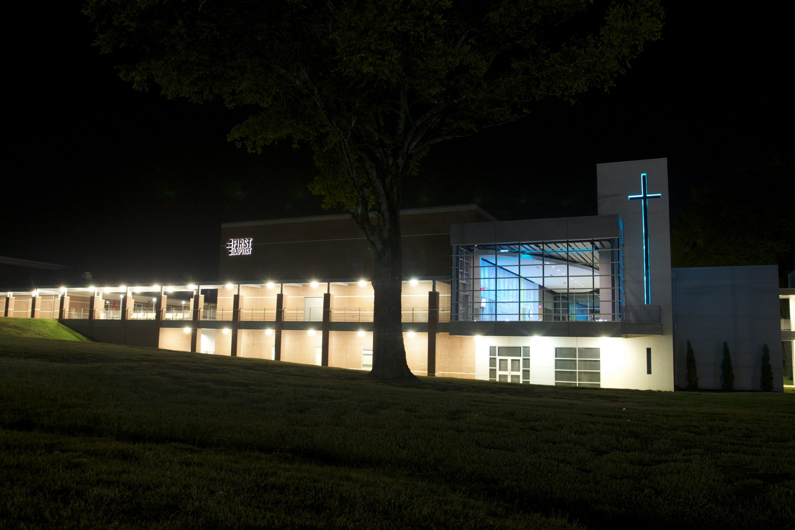 first baptist pittsburg worship center and children's ministry - churches designer in east texas - butler architectural group - mike butler